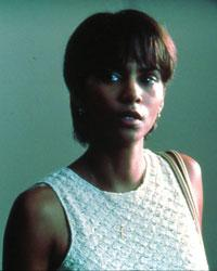 Halle Berry' s fight to play Leticia in Monster's Ball resulted in a history-making Oscar win